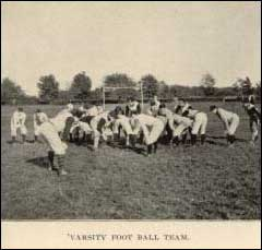 First know on-field shot of the Notre Dame team with an opponent.